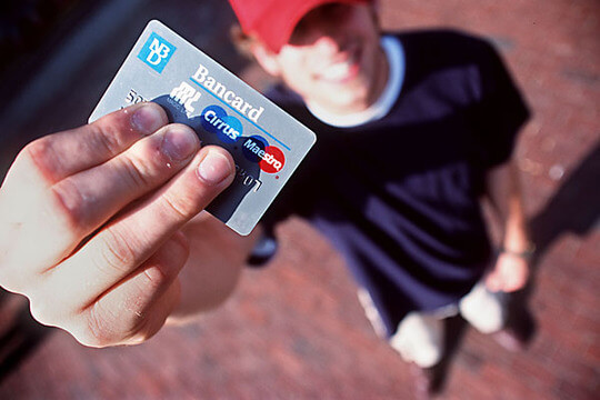Students are a high risk for excessive credit card use
