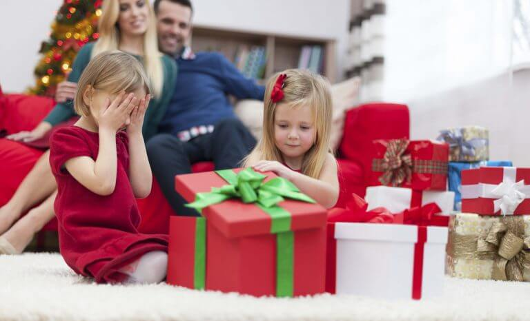 Teach kids to save with holiday gifts